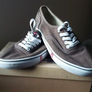 Levi's Canvas Shoes